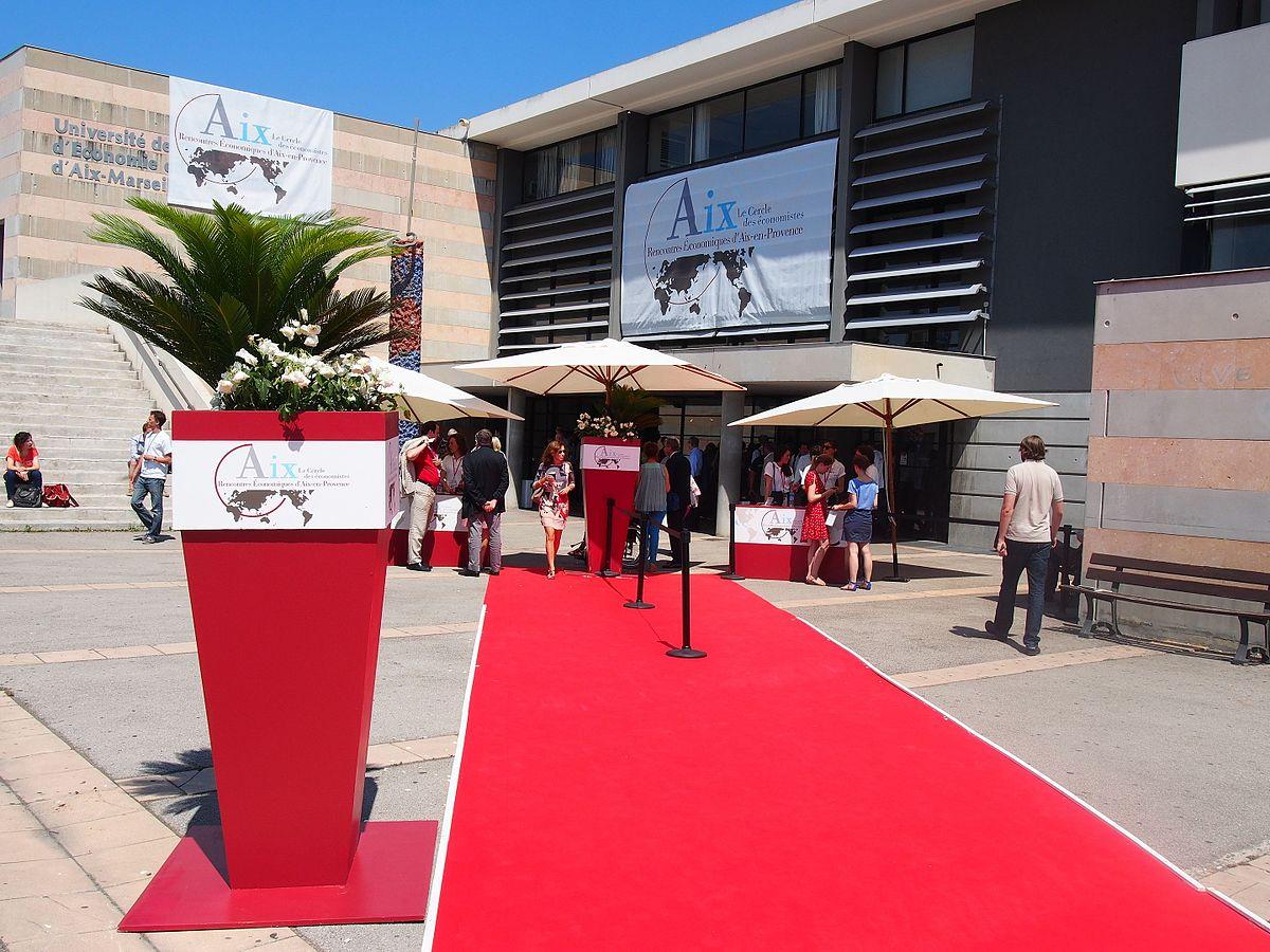 Rencontres conomiques d Aix pour un salaire minimum europ en