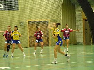 Vágs Bóltfelag - VB vs. VÍF Vestmanna in Sunsetkappingin in November 2011.