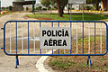 Valla de la Policía Aérea (15515032466).jpg