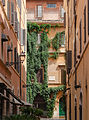 Vicolo del Babuino, Rome, Italy.jpg