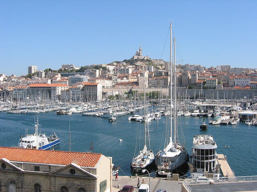Hotel A Marseille Avec Jacuzzi Dans La Chambre