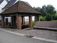 Vieux lavoir dossenheim.jpg