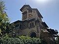 Vista della torretta del villino delle fate a Coppedè (Roma).jpg