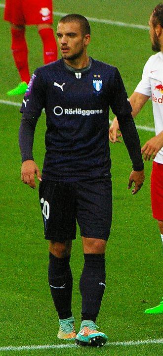 Vladimir Rodić - Rodić playing for Malmö FF in 2015.