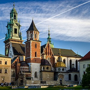 Wawel Cathedral - Wawel Cathedral on Wawel Hill: Sigismund's Chapel (right, with a gold dome) and Vasa Dynasty chapel (to the left)