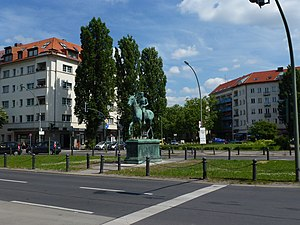 Westend (Berlin) - Steubenplatz with equestrian statue by Louis Tuaillon