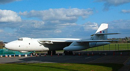 Vickers Valiant B1 XD818 – RAF Museum Cosford in 2006
