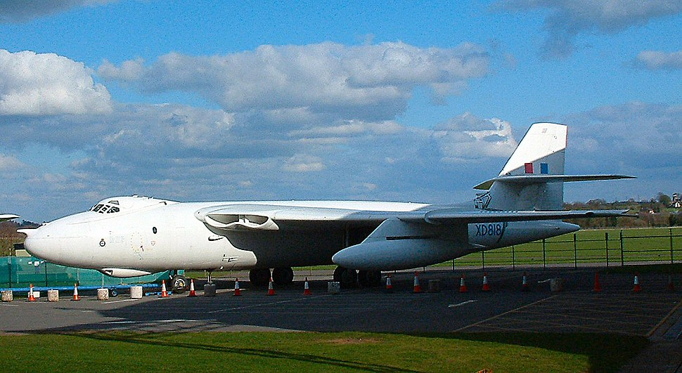 Vickers Valiant - Howling Pixel