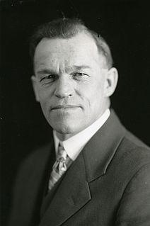 William Farquharson Canadian politician