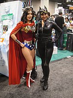 File:WonderCon 2012 - Wonder Woman and Catwoman (6873207376).jpg
