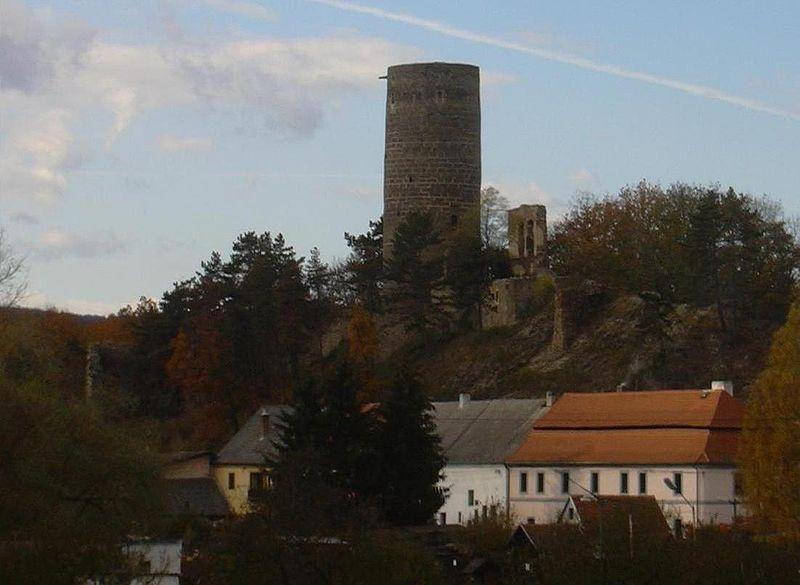 File:Zebrak hrad.jpg