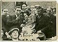 Zegevierende Briek Schotte, Kampioenschap van Vlaanderen 1941, Desselgem (collectie KOERS. Museum van de Wielersport).jpg