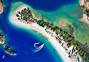 Ölüdeniz - Image: Ölüdeniz on the Turquoise Coast, Turkey