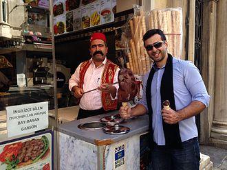 Dondurma - Dondurma seller at Av. İstiklal in Beyoğlu, Istanbul
