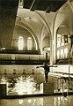 Бассейн в здании Петрикирхе.jpg