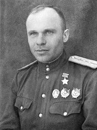 Михаил Захарович Бондаренко 1943.jpg