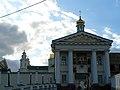 Надбрамний корпус Лаври в Почаєві.jpg