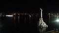 Памятник затопленным кораблям, ночной снимок. Севастопольская бухта, Ленинский район, Севастополь.jpg