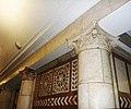 Фрагмент стены с колонами метро Павелецкая.jpg