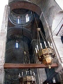 Церковь Иоанна Предтечи (интерьер).jpg