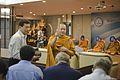 ขณะนายกรัฐมนตรีประชุมกรรมการบริหารพรรคประชาธิปัตย์ ณ พ - Flickr - Abhisit Vejjajiva.jpg