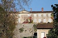 01 Château de Poncin.jpg