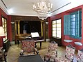 023 Monestir de Sant Benet de Bages, estances de Ramon Casas, sala del piano.jpg