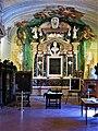03 Busto e teca con il cuore di Vincenzo Monti - Tomba di Ludovico Ariosto - Biblioteca Ariostea, Ferrara.jpg