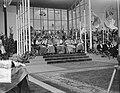 100 jaar Kromstaf. Stadion De Galgewaard. Bisschoppen en kardinalen onder afdak,, Bestanddeelnr 905-7319.jpg