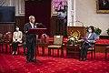 11.06 總統接見「第30屆醫療奉獻獎得獎人及家屬」 (50572123616).jpg