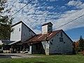 133 Barn, Prince Edward County 2010.jpg