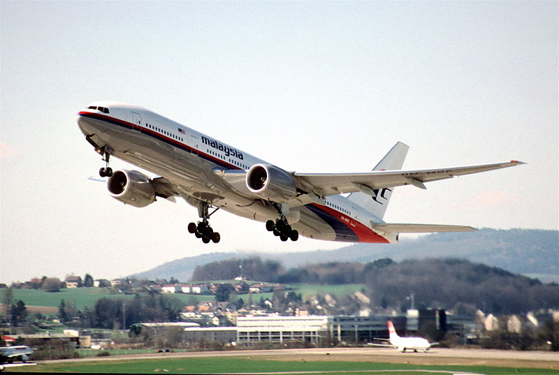 File:15cp - Malaysia Airlines Boeing 777-2H6ER; 9M-MRE@ZRH;22.03.1998 (5015615697).jpg