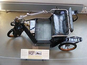 Tiller - Tiller steering of 1904 Cyklonette.