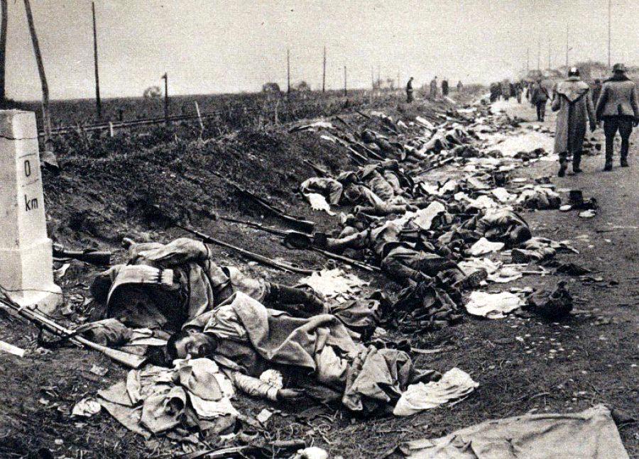 1916 - Soldati romani morti in lupta de la Bartolomeu - foto din revista La Grande Guerre