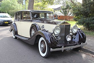 Rolls-Royce Wraith (1938) - Image: 1938 Rolls Royce Wraith sedan (26963238950)