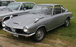 1967 BMW 1600 GT Coupé, front (Lime Rock).jpg