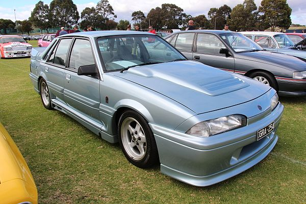 Holden Commodore (VL) - Wikiwand