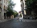 2. Bucuresti, Romania. O strada in Bucuresti dimineata.jpg