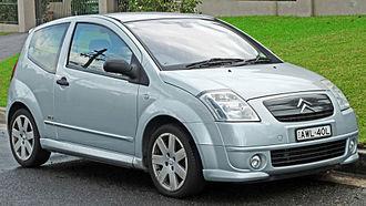 Citroën C2 - Image: 2004 2006 Citroën C2 VTR hatchback (2011 04 28) 01