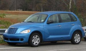 2006-2009 Chrysler PT Cruiser photographed in ...