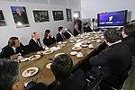 2011-02-03 Владимир Путин с коллективом Первого канала (5).jpeg