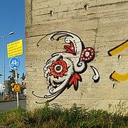20120810 Graffiti vm loskade Winschoterdiep Groningen NL.jpg