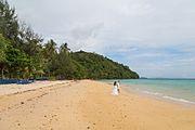 2016 Prowincja Krabi, Ko Phi Phi Don, Plaża Loh Moo Dee.jpg
