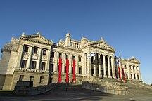 Uruguay-Government-2016 edificio del Palacio Legislativo. Montevido, Uruguay