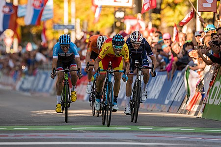Alejandro Valverde wins the final sprint in the mens elite road race of the 2018 UCI road world championships in Innsbruck/Tirol