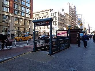 23rd Street station (PATH) - Image: 23rd St 6th Av 03 IND Subway