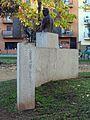 567 Monument al president Josep Irla, de Mercè Riba (Girona).jpg