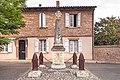 81 - Mézens - Le monument aux morts.jpg