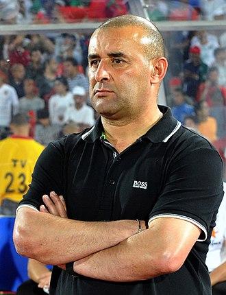 Difaâ Hassani El Jadidi - Abdelhak Benchikha managed the Difaâ El Jadidi during the 2013–14 Botola.
