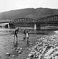 A Garam híd Saskőváralján, Garamszentkereszt közelében. Fortepan 11704.jpg